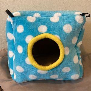 Hamster Nest Cube Blue Polka Dot, Cozy Hangable